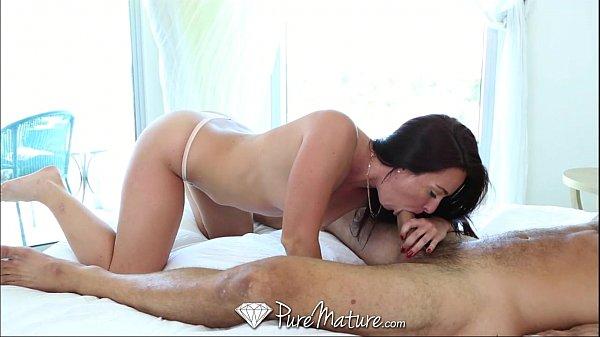 Porno Full Hd Com Madura Quente Mamando O Homem No Banheiro