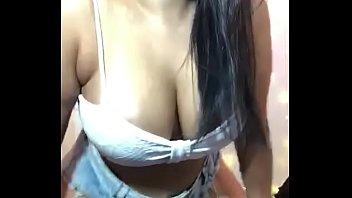 Mãe loira seduziu seu filho pra transar com ela