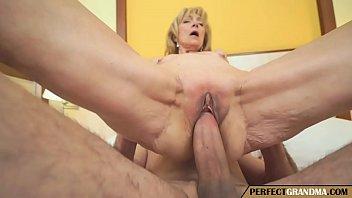 Mamãe Sexy Em Putaria Gostosa Com O Filho