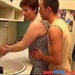 Xvideos Incesto Com Mãe Coroa Gostosa Transando Com Seu Filho Na Cozinha