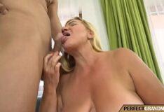 Fernandinha fernandez metendo bem gostoso na boca dela