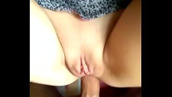 Sexo gif metendo na esposa do amigo que adora transar