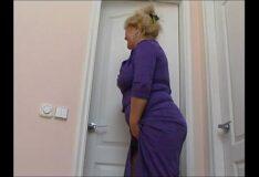 Superanimesporno transando com a tia no banheiro