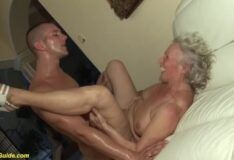 Vidio porno metendo na avô bem safada