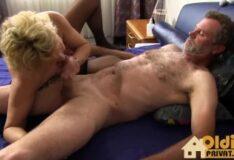Bradmontana sentando gostoso com putaria