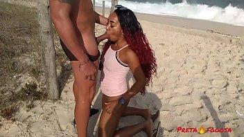 Porno brasileirinhas peituda muito gostosa dando para o vizinho